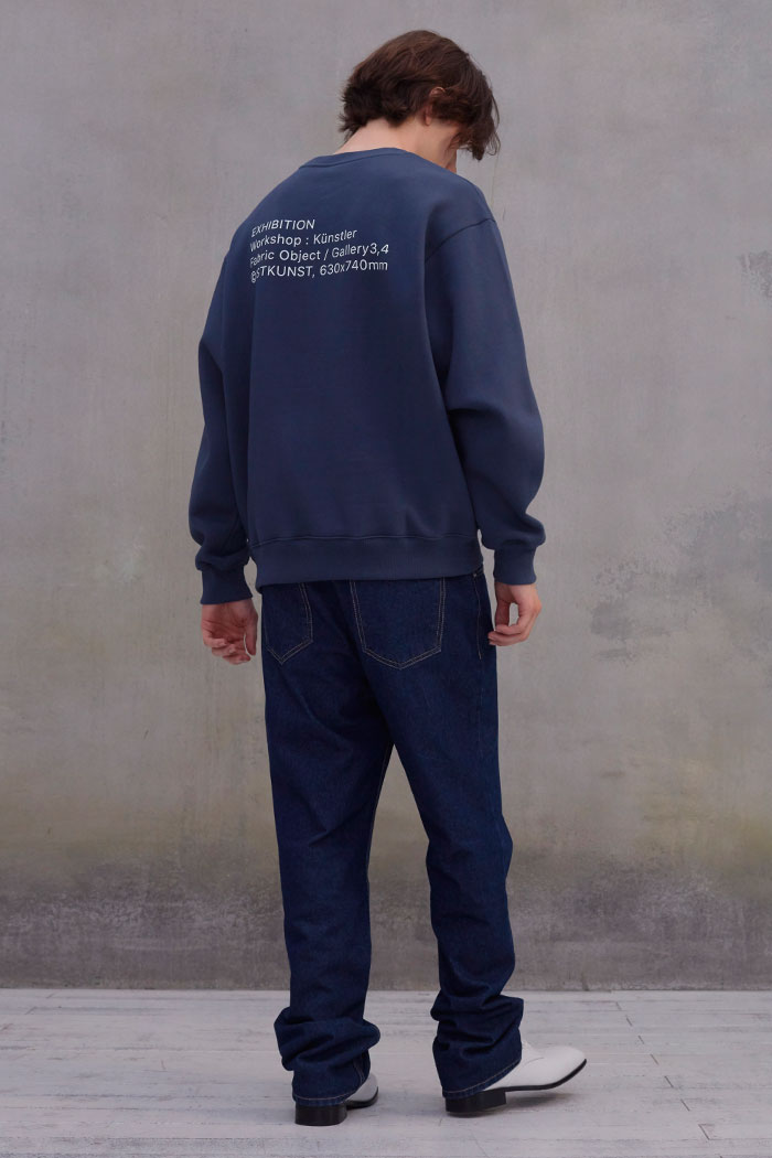 EXHIBITION SWEATSHIRT[BLUE]