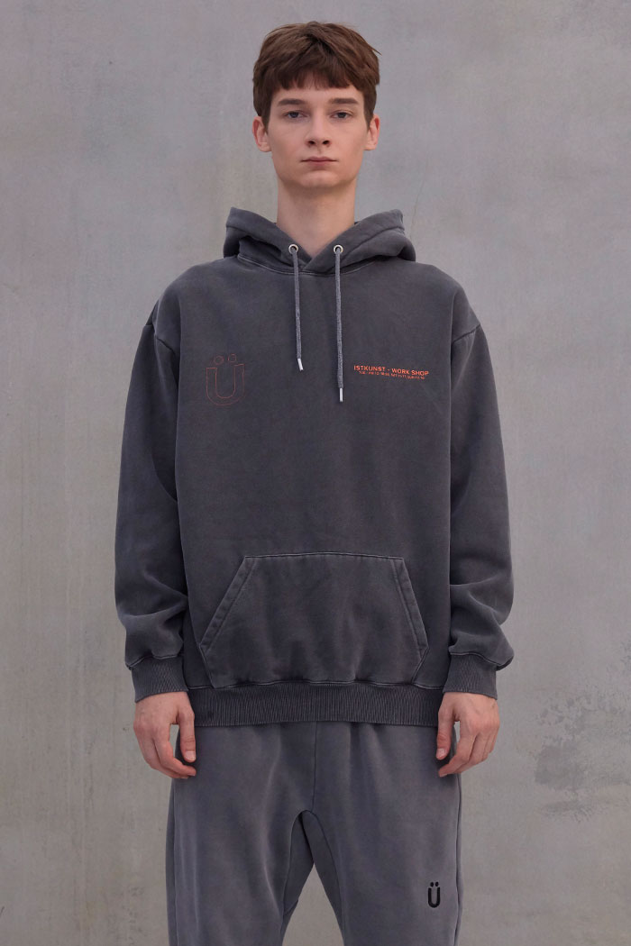 WORKSHOP PIGMENT HOODIE[BLACK]