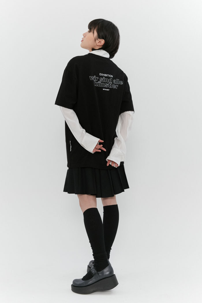OUT LINE SLOGAN TEE[BLACK]
